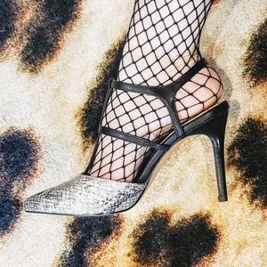 Cage heels 🖤